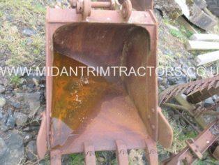 30'' inch Digging Bucket, 45 mm Pins, Ex Hitachi EX 60 Digger