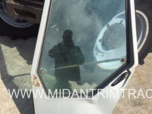 Massey Ferguson 600 series Cab L/H Door