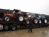 Fiat 100/90 Tractors for Saudi Arabia and a New Holland T6030 for Japan being loaded
